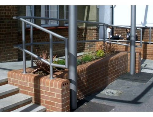 R07 Integral Canopy Metal Railings School Croydon