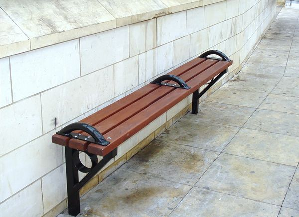SP09 Timber and Metal Economy Seating Unit