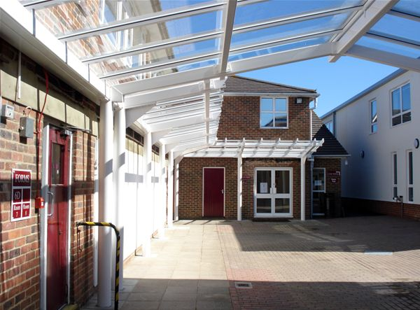 SP04 Patent Glazed Courtyard Project at Tunbrige Wells School